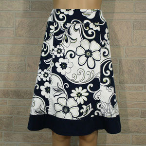 DressBarn A-Line Skirt Blue White Floral Zip On